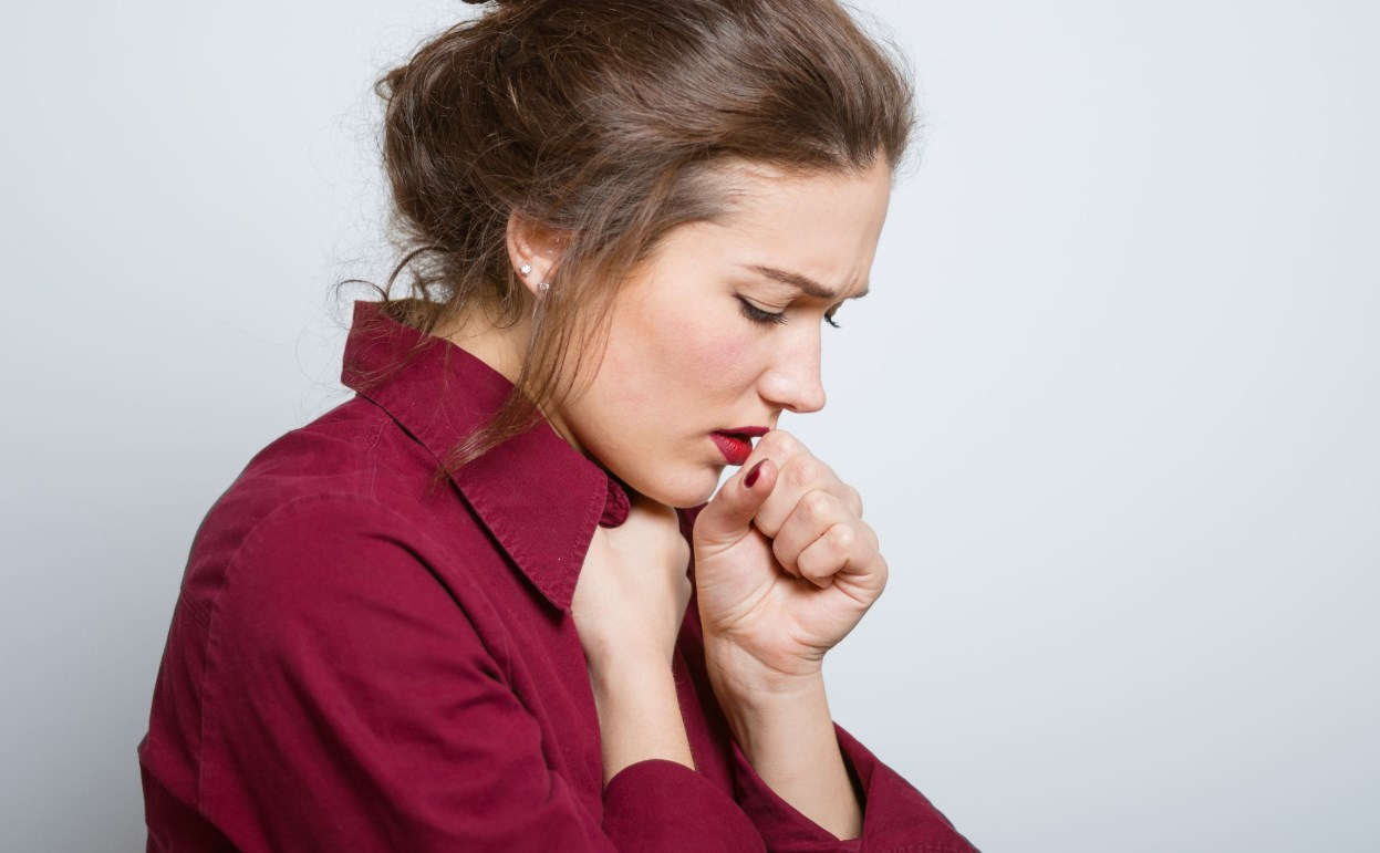 Как устранить першение в горле и кашель